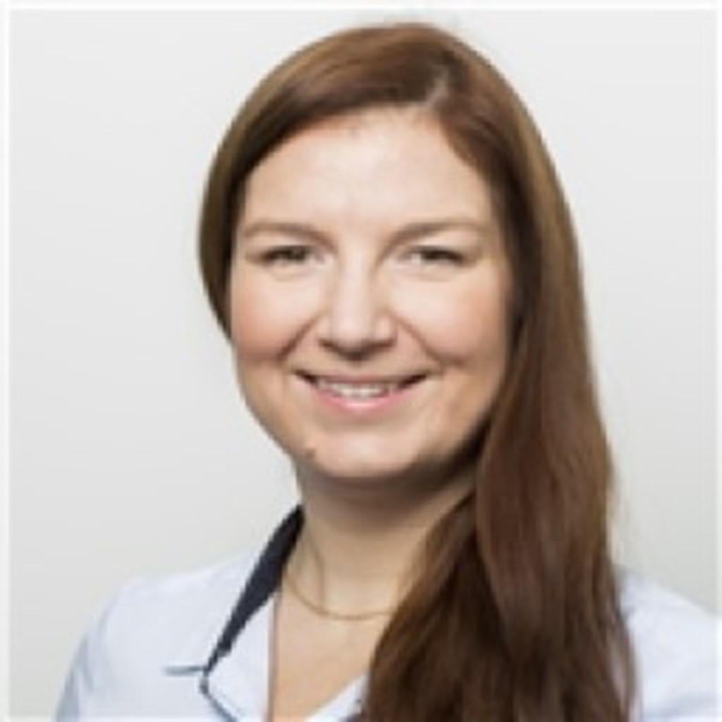 Ilona schimski ibrahim equity derivatives middle office trade and sales support associate - Derivatives middle office ...