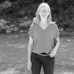 Claudia Schrader