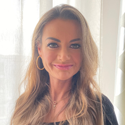 Dr. Senta Verena Muders