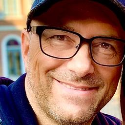 Ralf Kern - Top of the Tops & Top Magazin Int. GmbH&Co.KG - Bonn