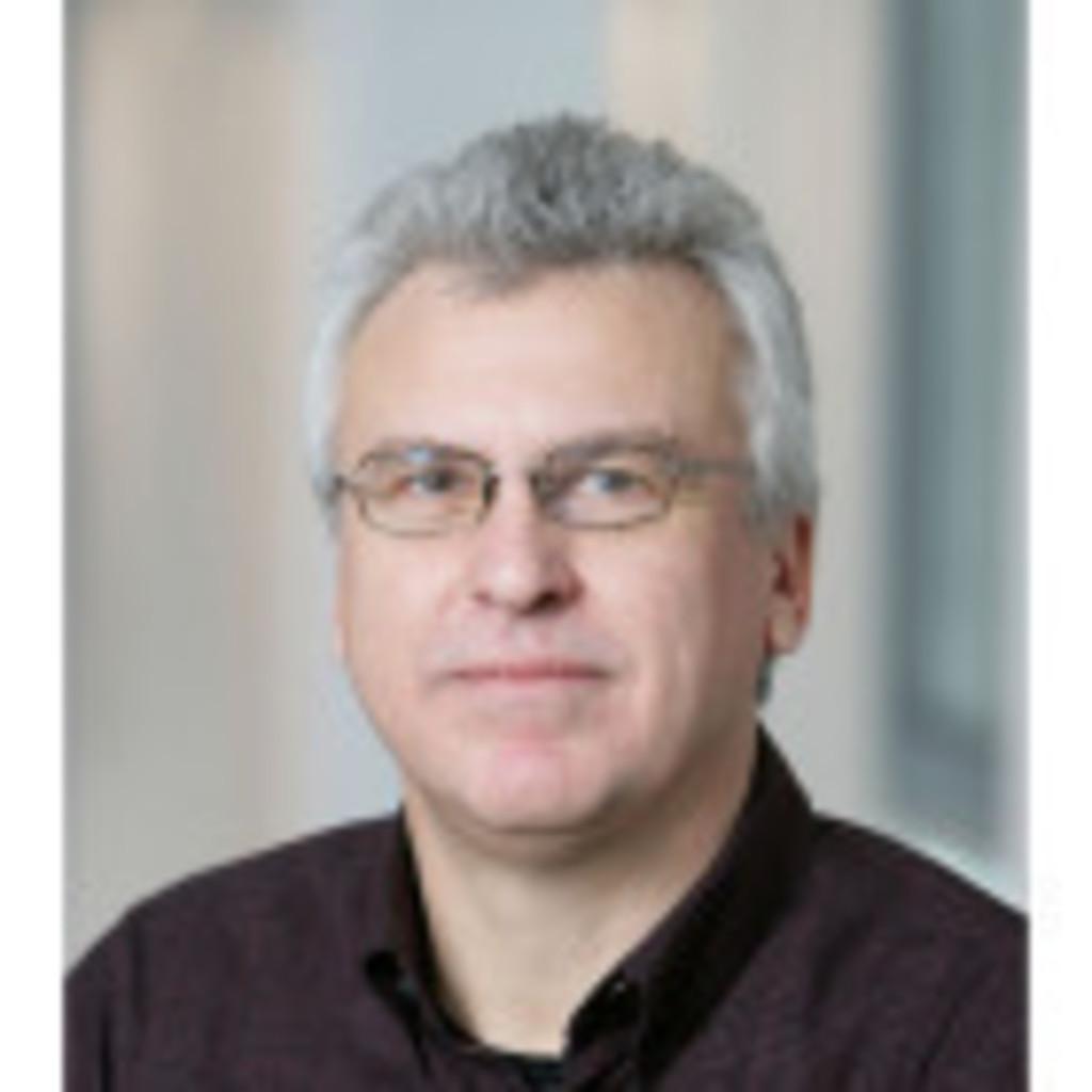Dr. <b>Helmut Koch</b> - Senior Produktmanager - T-Mobile International | XING - helmut-koch-foto.1024x1024