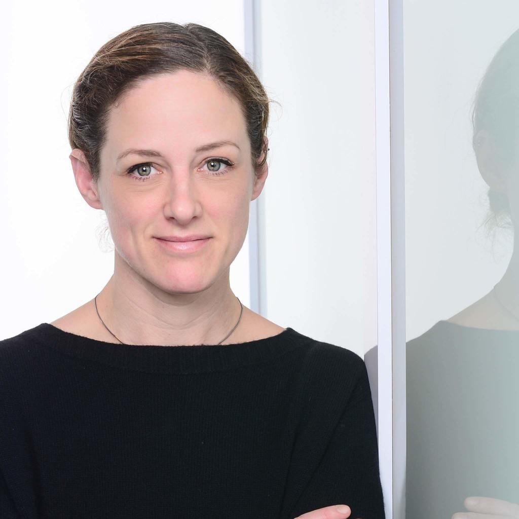 Dr. Julia Hobohm's profile picture