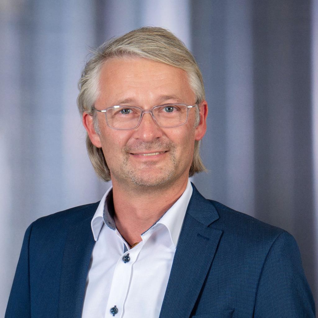 Dirk Schneider - VP Konzern Lieferantenqualität - Hella