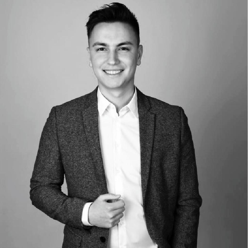 Nikita Natsik - Junior Sales Engineer/ Industrielle Bildverarbeitung -  KEYENCE DEUTSCHLAND GmbH