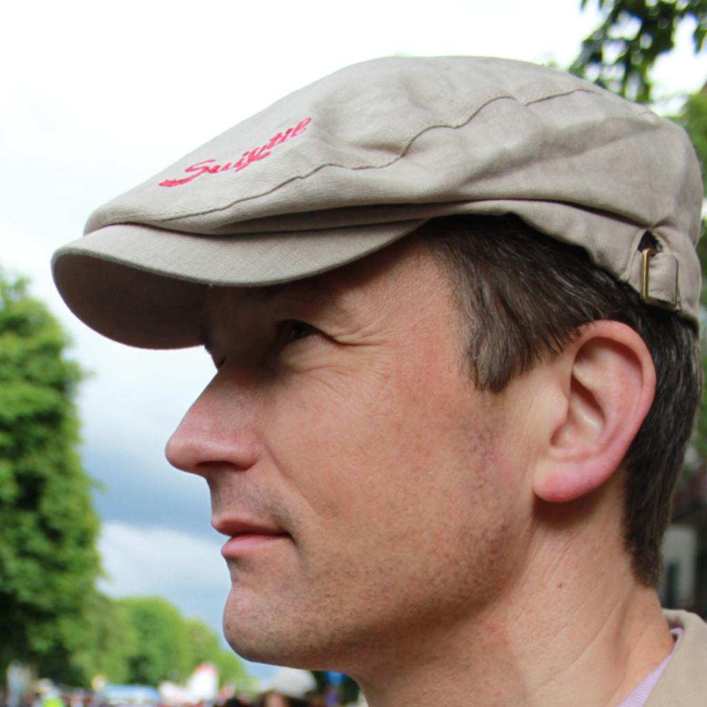 Jesper grande zimmermann head of concept www for Klassische holzverbindungen zimmermann