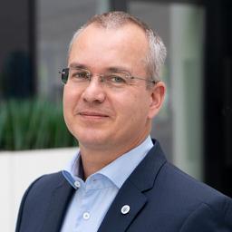 Bernd Wiedemeier - Johnsons Controls Power Solutions - Frankfurt am Main