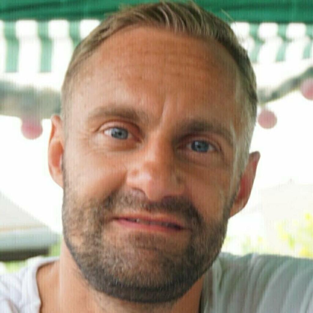 Jörg Taufmann - Senior Marketing Manager - Performance ...
