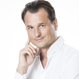 Dr Simon Dormagen