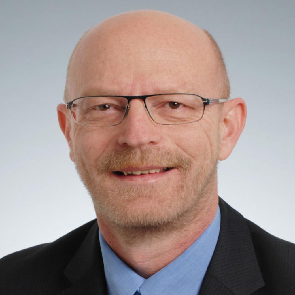 Rolf Stofer Leiter Der Abteilung Umzuge In Zurich Und Basel