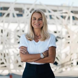 Dr. Isabel Thielen