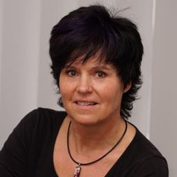 Christine Maxam's profile picture