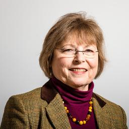 Cathy Matz-Townsend - Ihre Expertin bei Cyber-Risikoschutz und betriebliche Krankenversicherung. - Oestrich-Winkel
