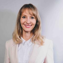 Virginia Pohlemann - Senior HR Business Partner - Medtronic