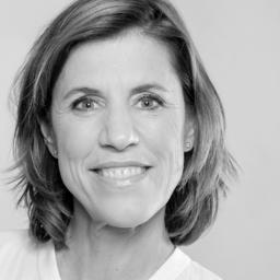 Maja Schneider - Smiling Customer - Potsdam