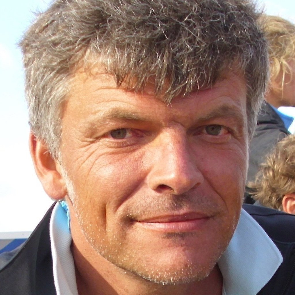 Klaus dienberg gesch ftsf hrer architekt dienberg for Architekt ausbildung