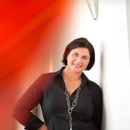 Sandra Wessler Einkauferin Handelswaren Beschlage Nolte Kuchen