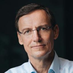 Dr Werner Loose - Building Bridges: International HR Management Support - Urbach