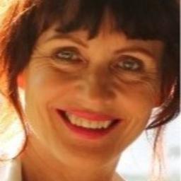 Bettina Momm - SYNCON International Franchise Consultants - Wiesbaden