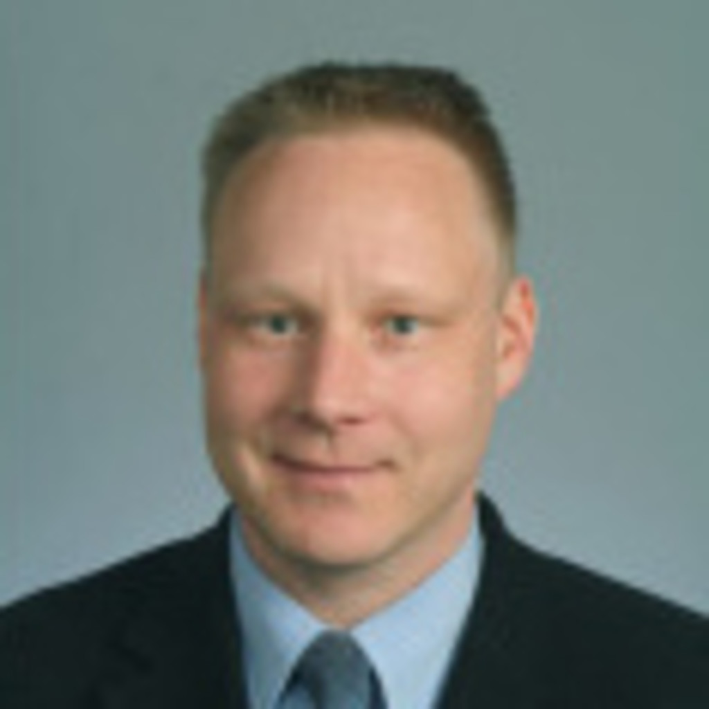 <b>Reto Bühler</b> - BI Analyst / Domain Manager Customer Centricity - AXA ... - reto-b%C3%BChler-foto.1024x1024