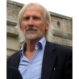 Dr. Klaus Mucha