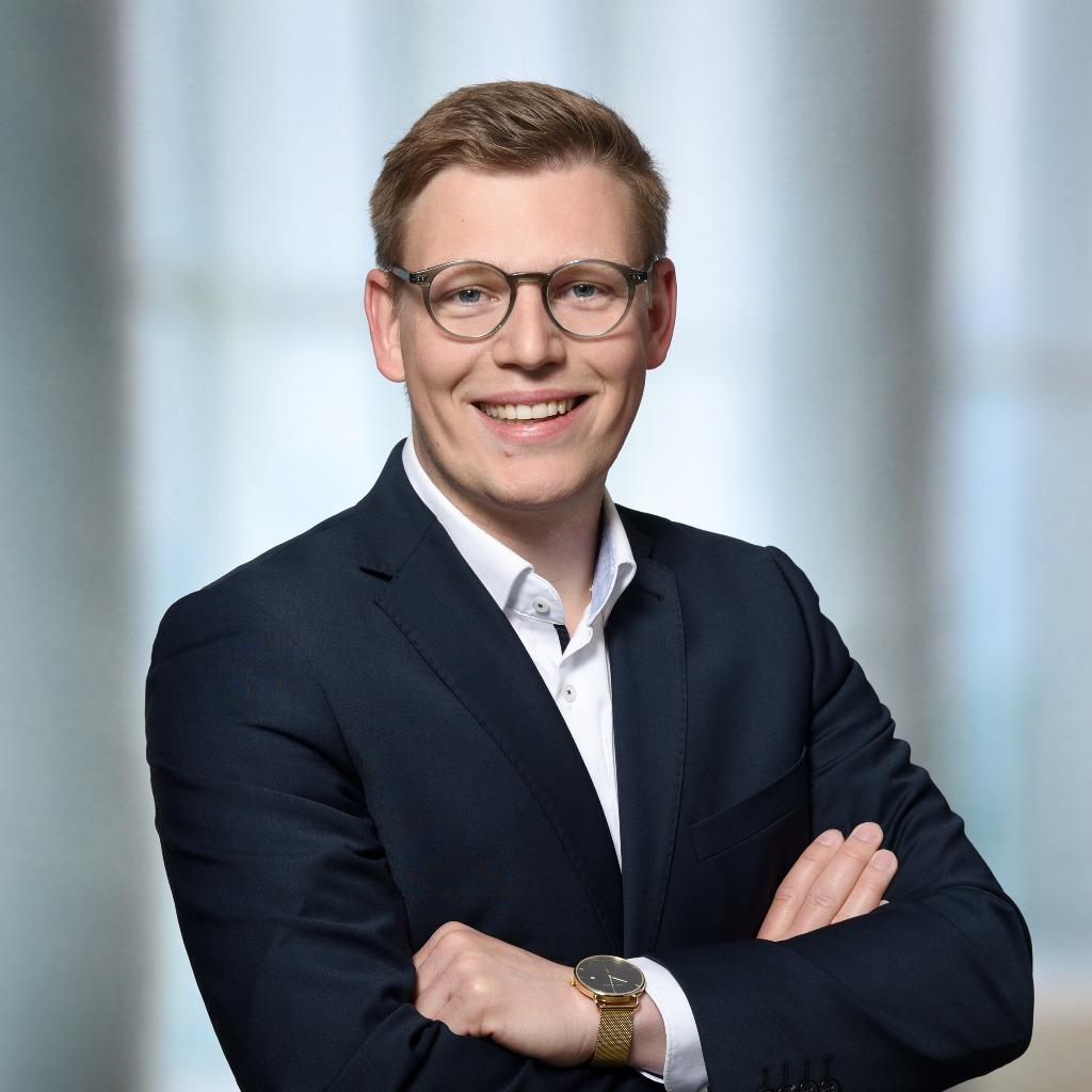 Nikolaus Fischer Manager