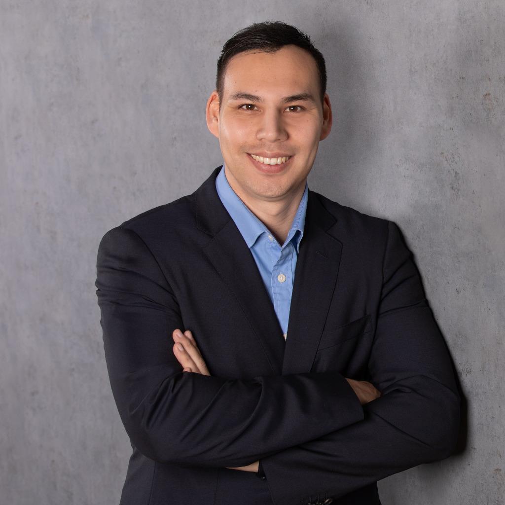 Christian graf junior consultant recruiter salesjob for Junior consultant