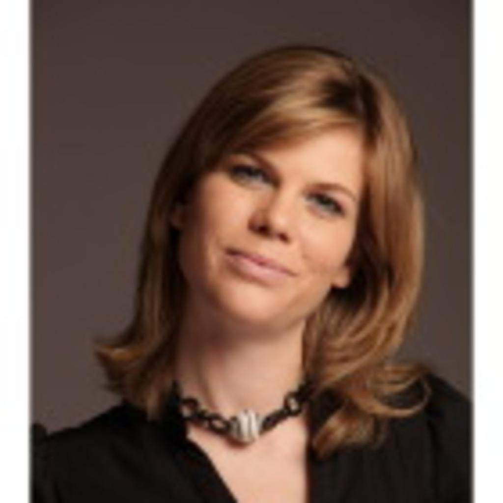 <b>Caroline Kramer</b> Lügstenmann - Projektmitarbeiterin Topprogramm TOP SBB II ... - caroline-kramer-l%C3%BCgstenmann-foto.1024x1024