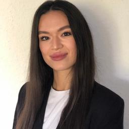 Amanda Azoitei