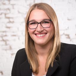 Leonie Bartsch - Recruiting & Personalentwicklung