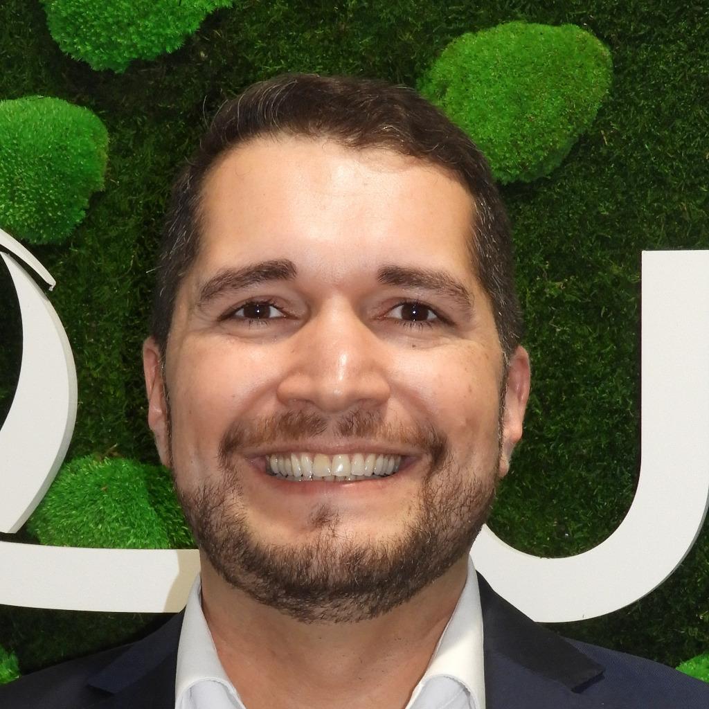 ^ Max Fink - Verkaufsleiter - BOS-Haus/Bien-Zenker Verkauf ING