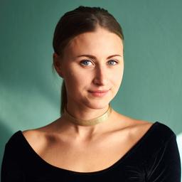 Marie-Delphine Darmstaedter - Monkey Mind Yoga - Hamburg