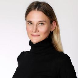 Lena Krylov - CRYLOVE films - Munich