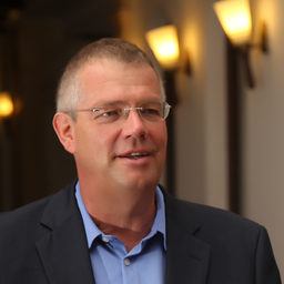 Prof. Wolfgang Hünnekens