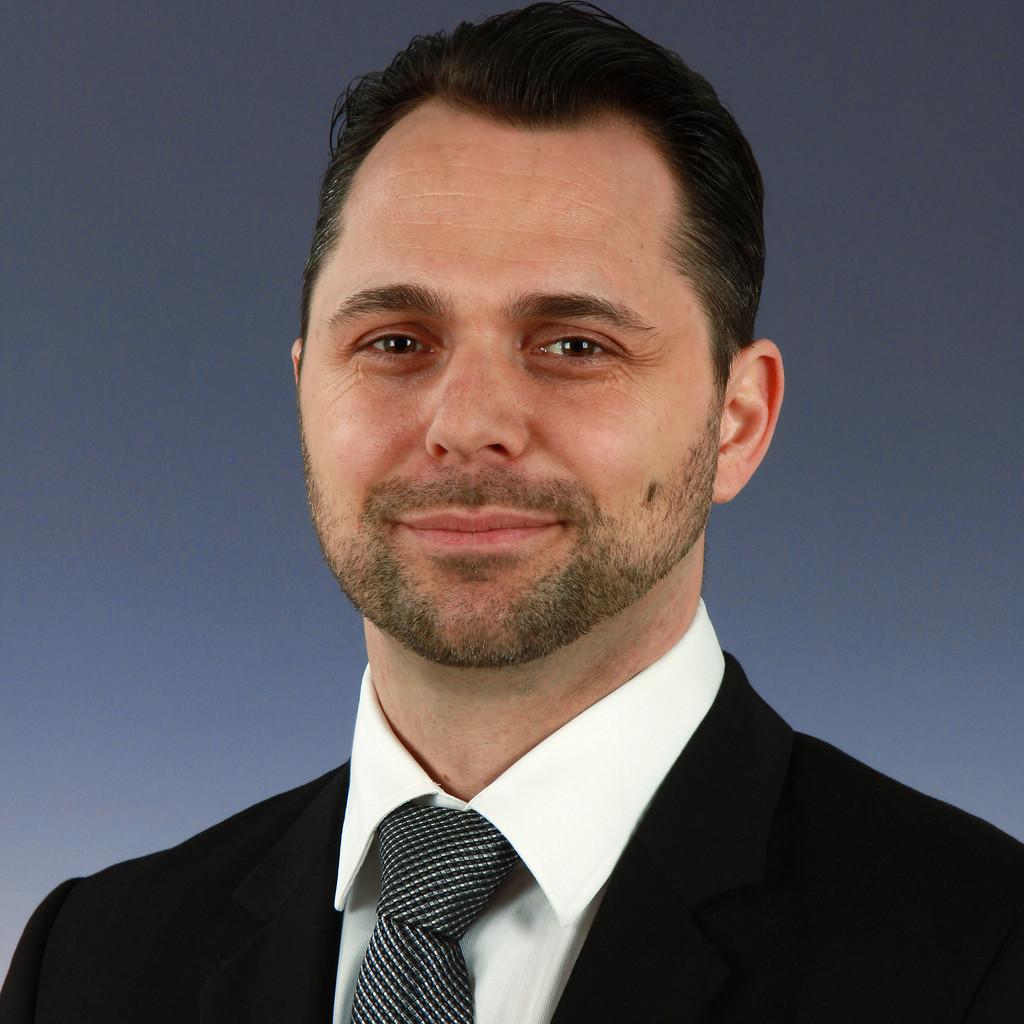Oliver baumann gebietsverkaufsleiter s d business for Baumann co innendekoration