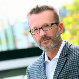 Dr. Volkhard Nobis