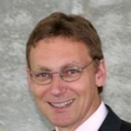 Dipl.-Ing. Bernd M. Riedl