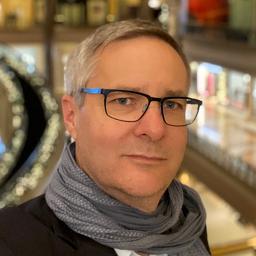 Daniel P. Schmidt - Swisscom Enterprise Customers - Zürich