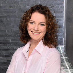 Petra Isabel Schlerit - business coach - trainer - mediator - Schonach im Schwarzwald