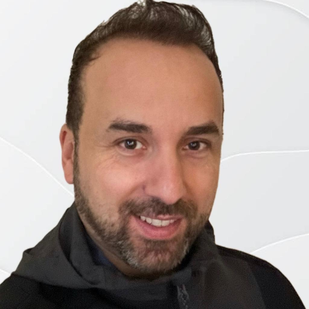 Emil Azar's profile picture