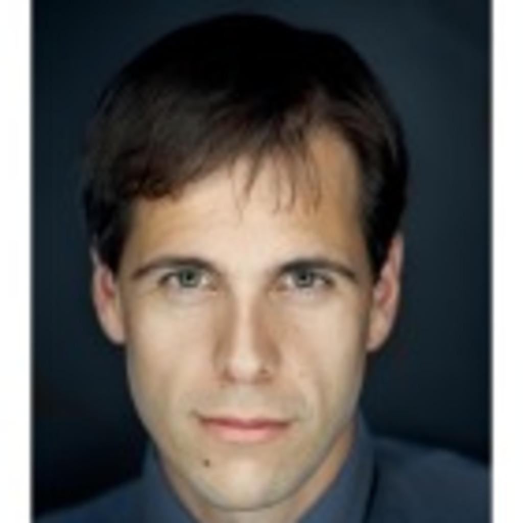 Matthias betancourt juristischer mitarbeiter ewd for Juristischer mitarbeiter