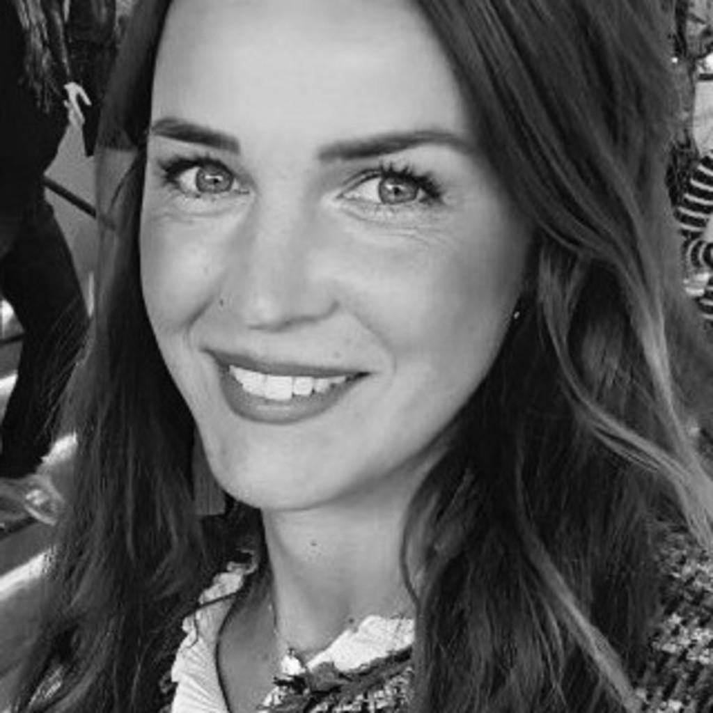 Alina Bull's profile picture