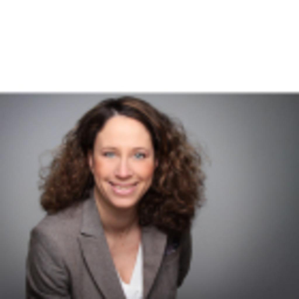 Claudia Brenner - Assistentin der Geschäftsführung