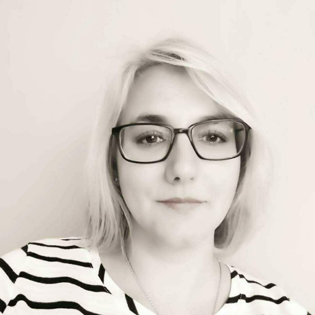 Mirjam deptuch familienmanager und landwirtin imkerin for Literatur innenarchitektur
