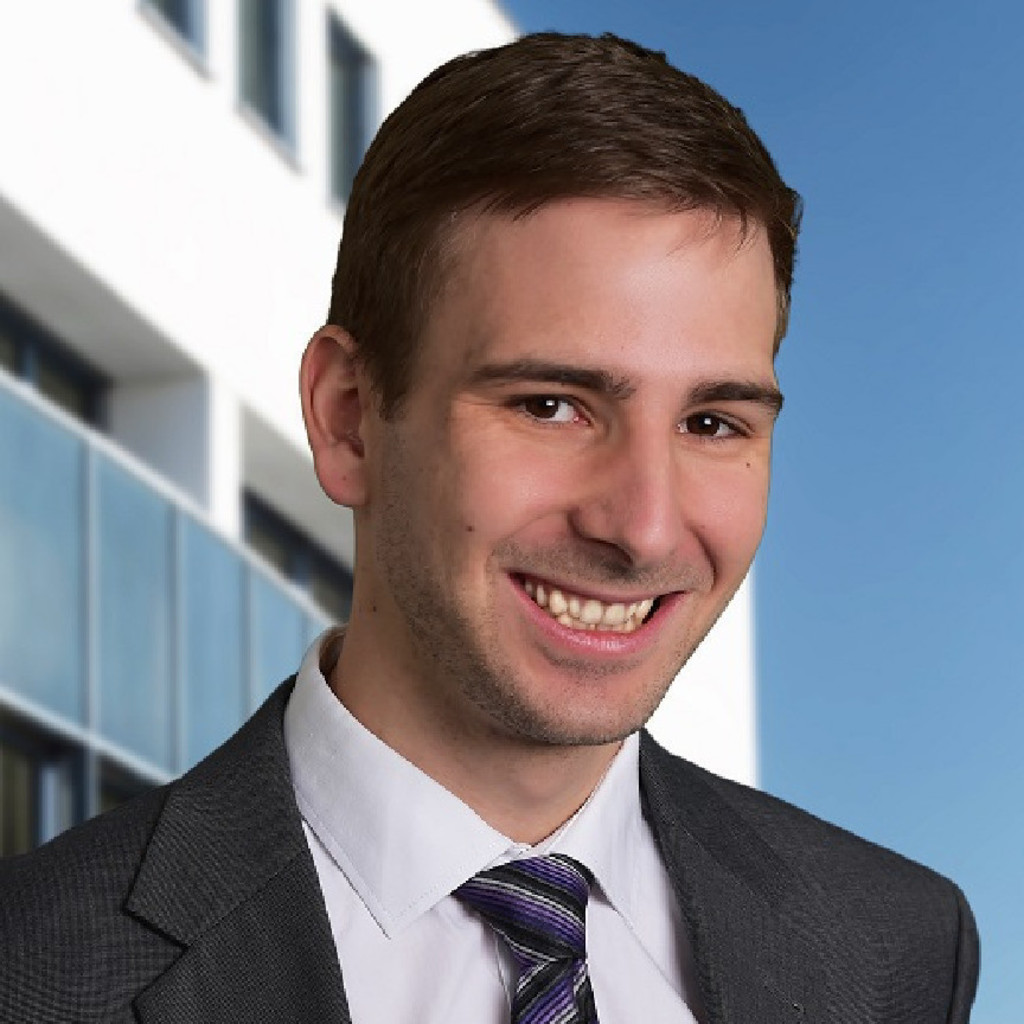 Simon w lflingseder junior consultant img innovation for Junior consultant