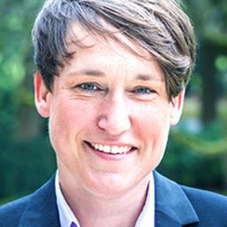 Claudia Wagner - wagner international communications - Hamburg
