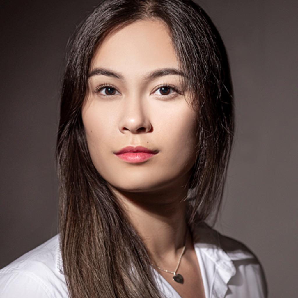 Julia Kuhn's profile picture