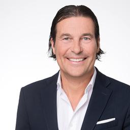 Guido Mertsch - Head of Marketing & Product Management - Santander on