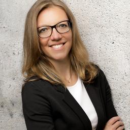 Janett Schenkel - Second Elements GmbH & Co. KG - Hamburg