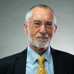 Dr. Michael Buchmann