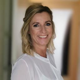 Julia Neumann - Hubert & Co. - München